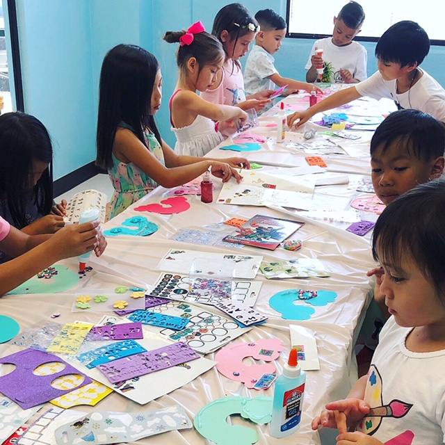 Art Birthday Party Kids Craft
