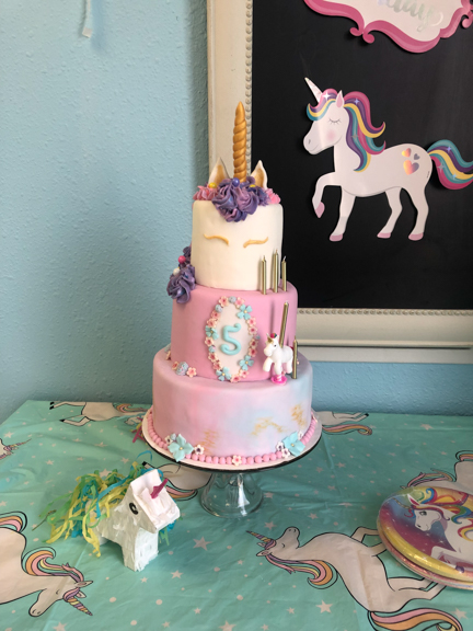 The Parents From Party Brought In This Three Tier Unicorn Cake It Was Nothing But Magical